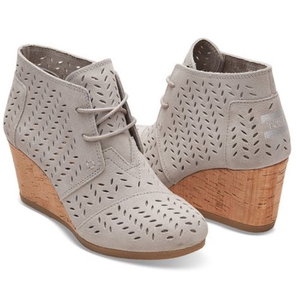 894c928bfd7 Toms Desert Wedge Grey Suede Perforated NWOT